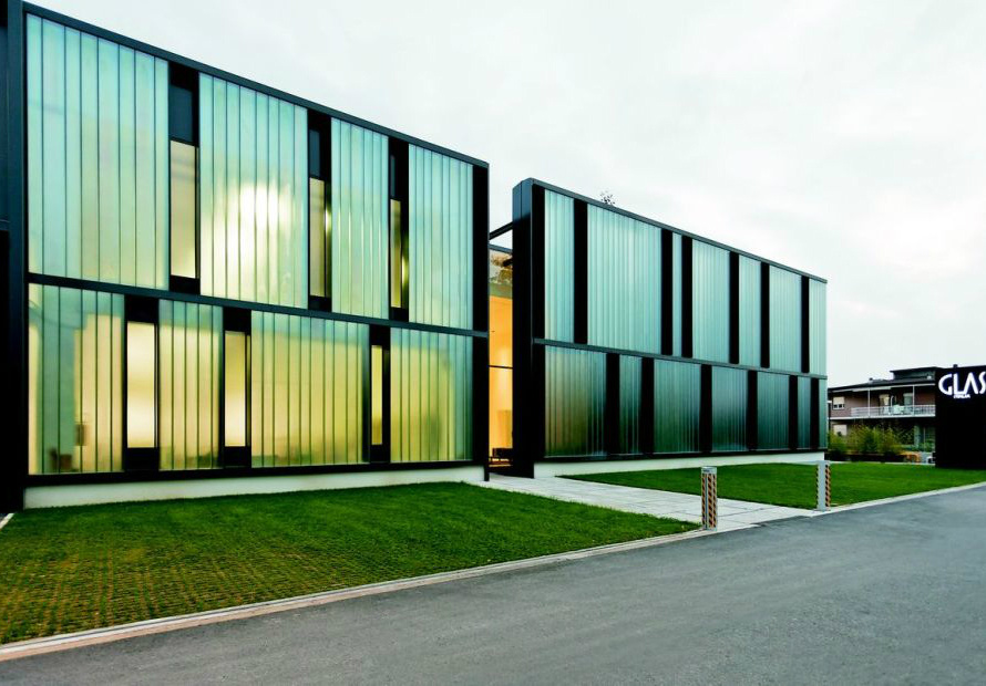 Glass Italia Headquaters, Macherio, Italy. Серия PERL  AZUR. Photo copyright Marcela Grassi